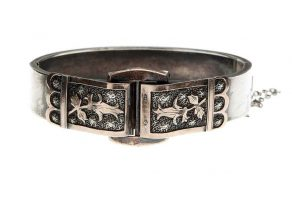 A Victorian silver and rose gold buckle bracelet