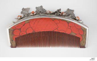 Haircomb (kushi), wood / lacquer / silver / coral, Japan, Meiji period (1868-1911)